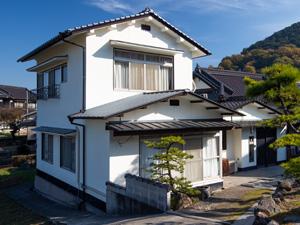 屋根葺き替え・外壁塗装工事事例