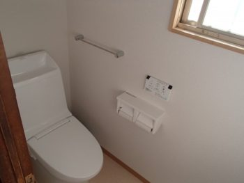 施工事例 トイレ・玄関・和室リフォーム工事
