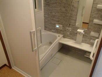 施工事例 お風呂・洗面所リフォーム・エコキュート設置工事