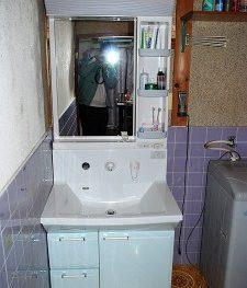 施工事例 洗面化粧台の交換リフォーム工事